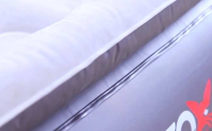 Best-Inflatable-XL_Bed-Fox-Airbeds