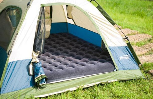 queen air mattress fits tent